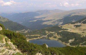 lacul-galcescu1